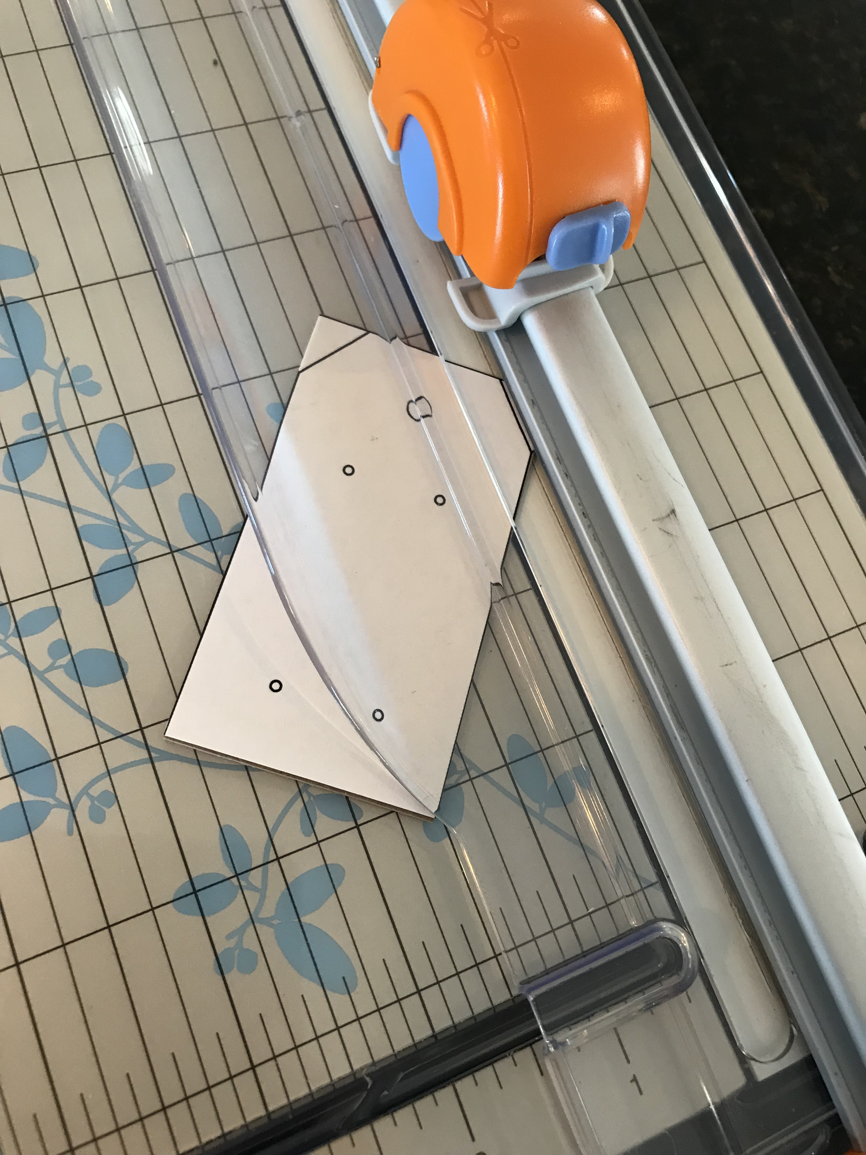 cutting tag corners
