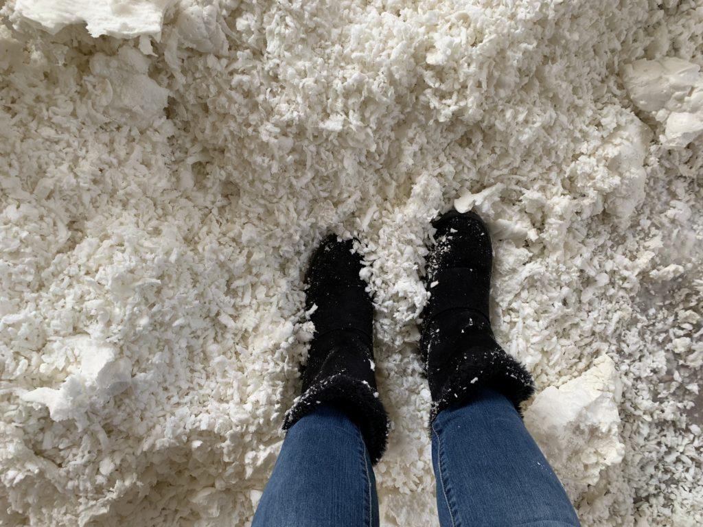 spray foam insulation snow